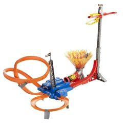 TOR HOT WHEELS SUPER AUTOSKOK SKY JUMP